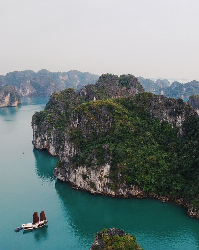 Hạ Long Bay Secrets You Need to Know