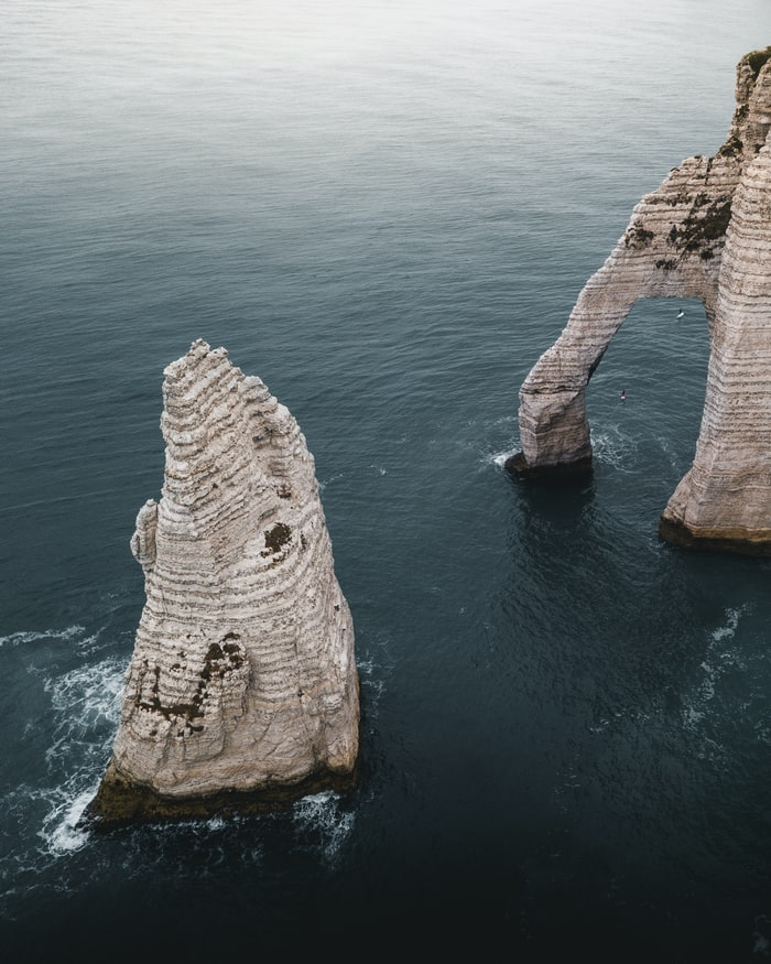L'Aiguille d'Etretat, a standing rock which reminds me of The Old Man of Storr. Picture from Gautier Salles.