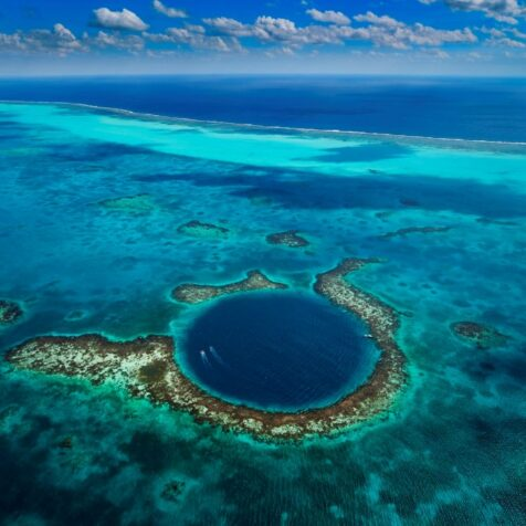 Why Is The Great Blue Hole So Dangerous?